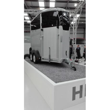 Van Ifor Williams HBX403