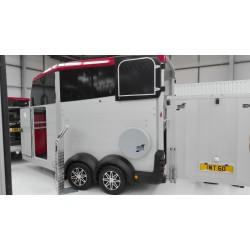 Van Ifor Williams HBX 506